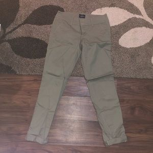 American Eagle olive green chinos